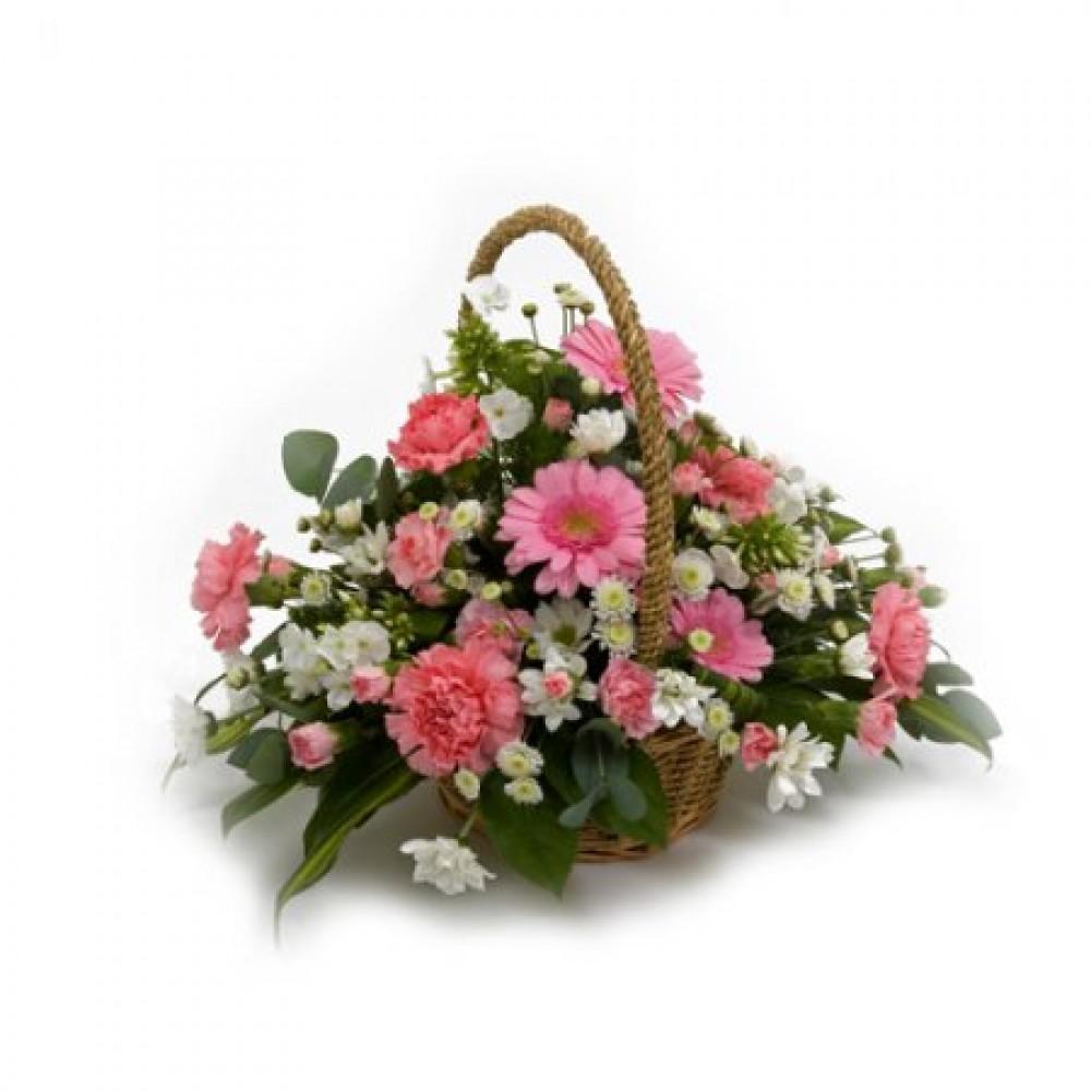 Pretty Basket Rocamaer Flowers
